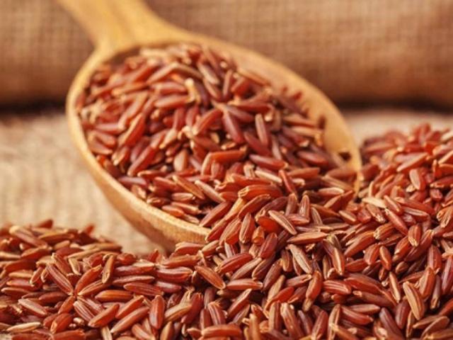 Gạo lứt có chứa rất nhiều chất dinh dưỡng giúp ta giảm cân hiệu quả