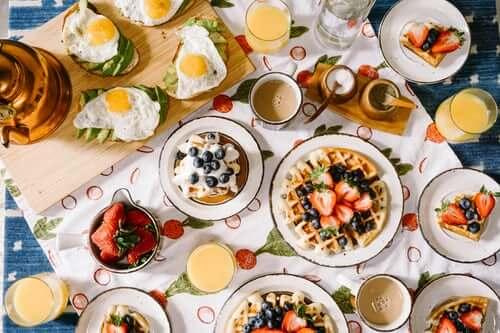 Bữa sáng nên ăn gì để giảm cân và những lầm tưởng
